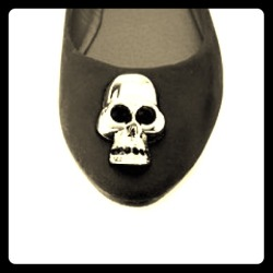 I just added this to my closet on Poshmark: Skull velvet ballet flats. (http://bit.ly/13lOnW5) #poshmark #fashion #shopping #shopmycloset