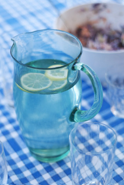 //such a pretty blue jug!//