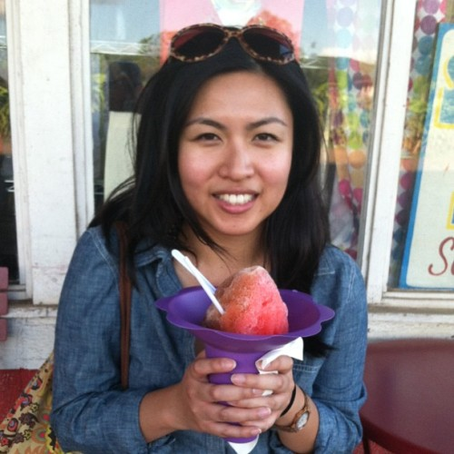 I look tired. But not too tired for #shaveice!! #hawaii #foodie #fattie  (at Aoki's Shave Ice)