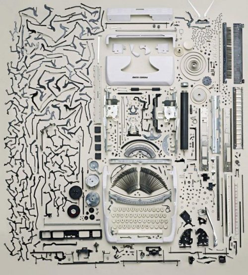 Things Come Apart di Todd McLellan.