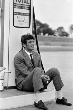 voxsart:  The Knit Tie And Glen Check Suit. Jean-Paul Belmondo.