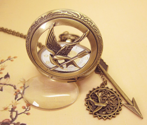 capitolcitizens:  Mockingjay Pendant Watch