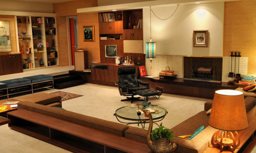 peachesvanderbilt:   Conversation pit in the apartment of 'Mad Men'-lead Don Draper.