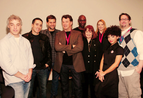 10/100 pictures of the Fringe cast