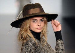 wgsn:  We tip our hat to you Ms @CaraDelevingne. @issalondon #lfw