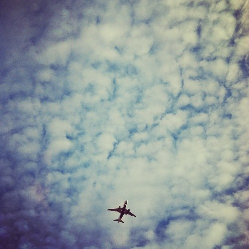 #fmsphotoaday #jan2013 day20: #somethingyousaw #airplane #lowflying #ohare #chicago #sky