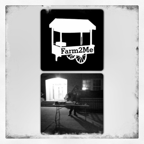 And one #ngo stands alone? @farm2me is nearby #beach129 serving #free #hot #food to anyone that needs it! #rockaways #nuchas #empanadas #elbuengustobakery #100servings #hurricanesandy #relief #recovery  (at St Francis De Sales School)