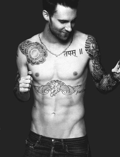 letsliveinfreedom:  Maroon 5 | via Tumblr en We Heart It. http://weheartit.com/entry/61234101/via/kisskisskiss_