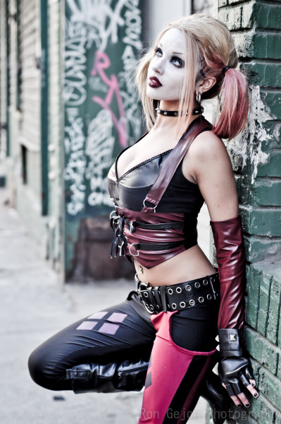 Harley Quinn Cosplay by Kitty YoungFor more photos: :LIKE: www.fb.com/rongejonphotography