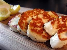thingsiwanttomarry:  Halloumi. Cheese of the gods.   Give me all the Halloumi!!!