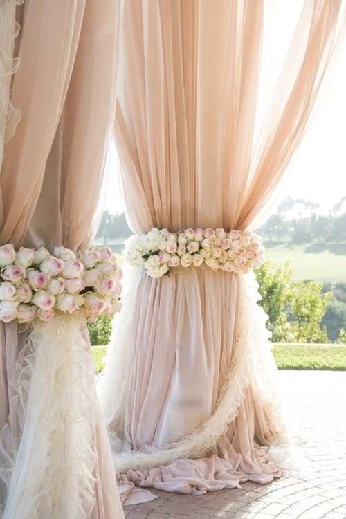 elegant-wedding:  For more fabulous wedding-pictures: Elegant Weddings <3