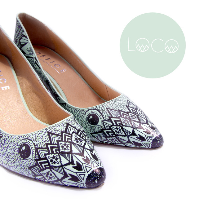 sampierpointonline:  Unique hand illustrated heels size 6. With cute hedgehog features and an intricate spine pattern covering the rest of the shoes. These heels have been treated with a special finisher to stop the ink from running or smudging. My shoes all come well packaged in Loco boxes, tissue paper and optional personalized message.