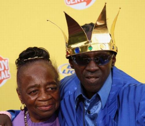Flava Flav and his Moms!  BEAUTIFULBLACKMEN.TUMBLR.COM