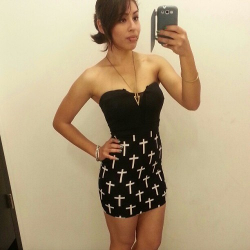 jellowilleatyou:  Haha my face.  Gorgeous girl! Love this dress on her! (;