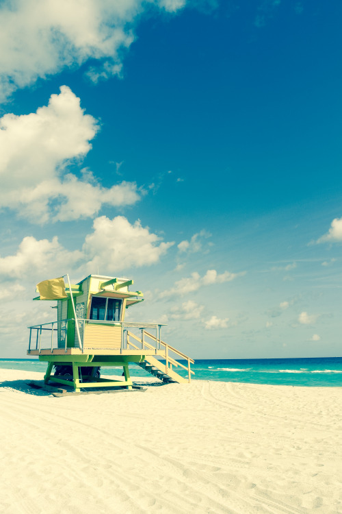 When I think of Miami… #9 (Baywatch Miami Beach style) Miami Beach :: December 24, 2012 View full set here