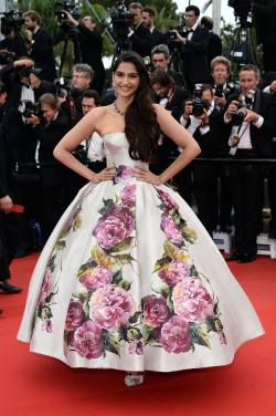Bollywood actress Sonam Kapoor looking like a beautiful princess in a sweet floral print ball gown dress by Dolce & Gabbana at the 66th Cannes Film Festival.