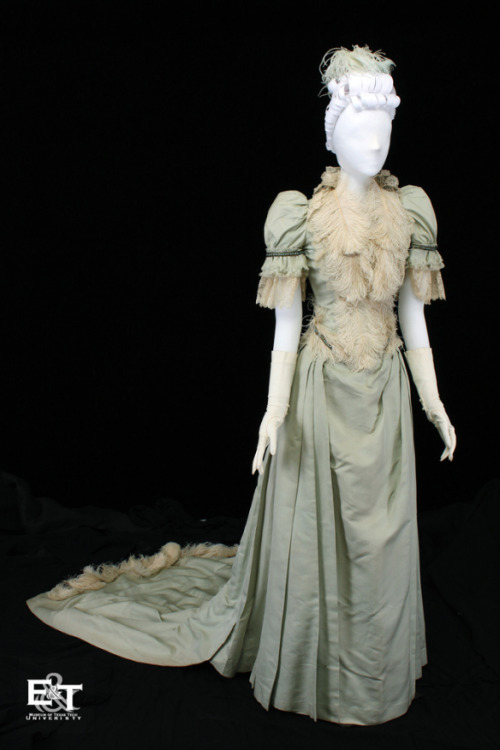 fripperiesandfobs:  Wedding dress, 1890 From the Museum of Texas Tech University