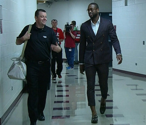 What in THE hell is Dwayne Wade wearing?