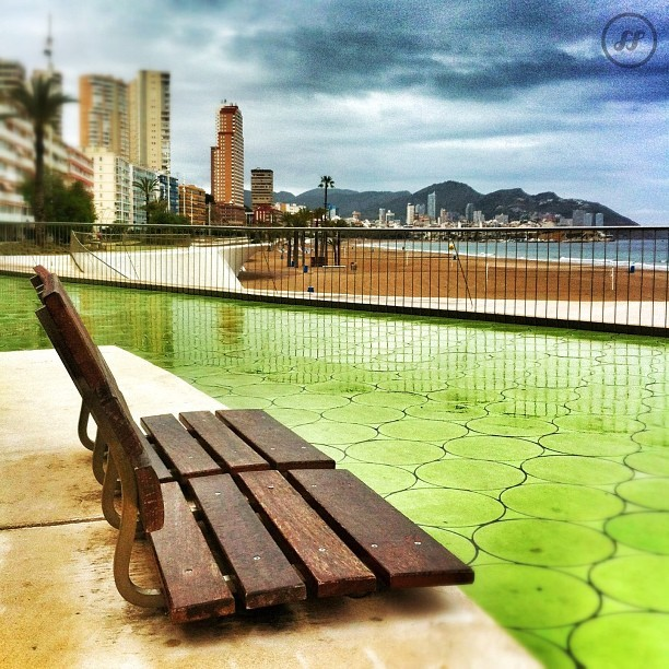 #benidorm #igersbenidorm #green #beach #skyline #clouds