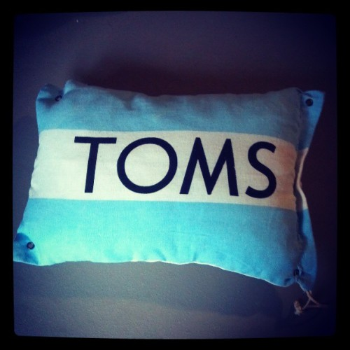 TOMS meets pillows. #toms #oneforone #tomsshoes