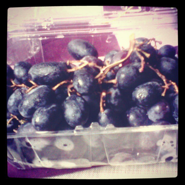 Yay for grapes!!!^_^ yum yum~~`