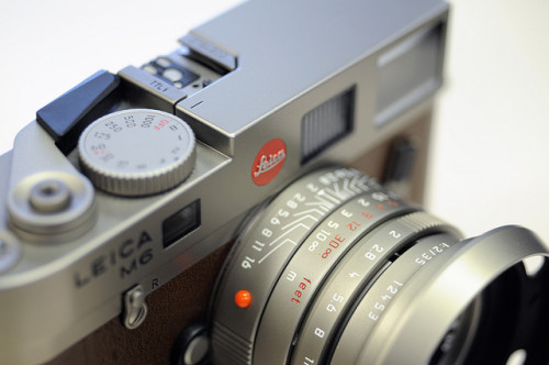 passionleica:   Leica M6 Titanium by dcophoto on Flickr.