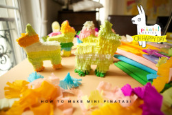 fuckyeahcraft:  How to make mini pinata's with Oh Happy Day!