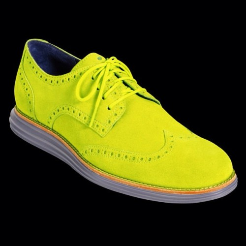 Are you about that #VoltLife? The new @ColeHaan LunarGrand Wingtip in Volt Suede is pretty sweet! (at freshnessmag.com)