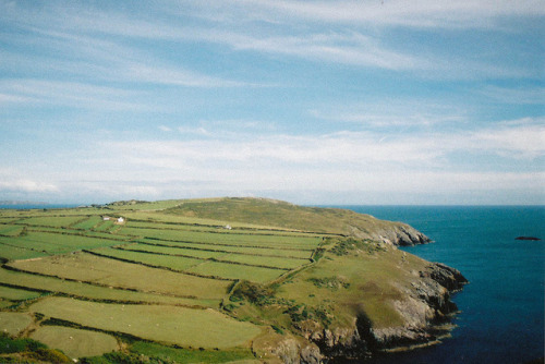 arquerio:  Wales by emilyharriet on Flickr.