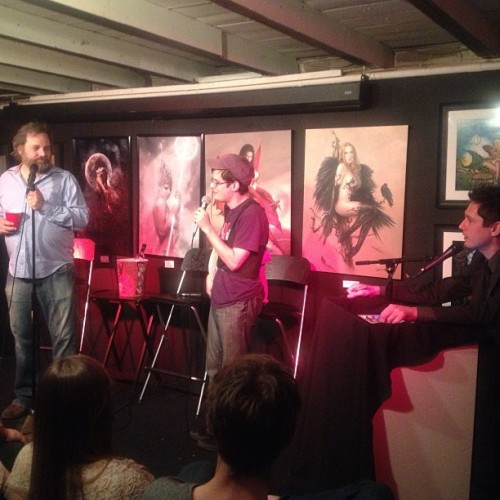 dustinmartian:  Bostonite Adam Goldberg returns to the stage at #harmontown