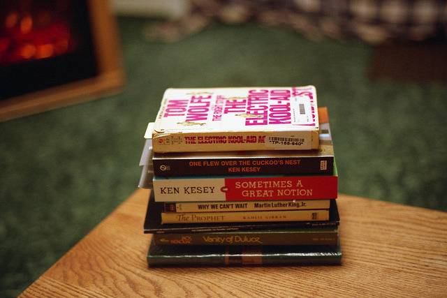 my current reading list by a passing breeze on Flickr.