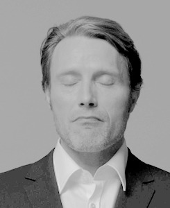 1k mine caps mads mikkelsen edit: mads idk why this took me two days to cordinate