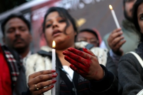 "breakingnews:  Delhi gang-rape victim dies in hospital in Singapore BBC News: The 23-year-old woman gang-raped on a bus in India's capital Delhi has died at a Singapore hospital, doctors say.  ""The patient passed away peacefully at 4:45am on 29 Dec 2012,"" a statement from the hospital said. The patient's family had been by her side, it added. The 23-year-old had arrived in Singapore on Thursday after undergoing three operations in a Delhi hospital.  Follow updates on the story at Breaking News. Photo: A young woman, one hand covered in fake blood, takes part in a protest earlier Friday in Calcutta against the gang rape of a student. (Piyal Adhikary / EPA via NBC News)  As we pointed out last week, the incident, which was widely-reported, led to mass protests in New Delhi, leading to calls for calm by the Indian government. This latest development is quite sad and worth keeping a close eye on."