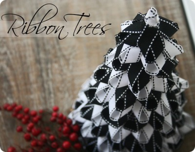 littlecraziness:  (via Ribbon Christmas Trees {Tutorial} - Whipperberry)