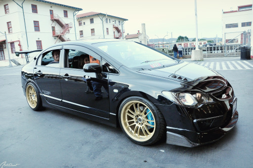 jdmlifestyle:  Wekfest SF 2012 - FD2 Photo By: Hood Rat Ando