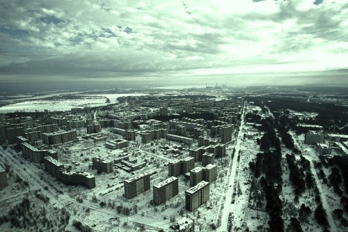 neuromaencer:  Pripyat (Ukrainian: При́п'ять, Pryp'yat'; Russian: При́пять, Pripyat') is a ghost town in northern Ukraine, near the border with Belarus.