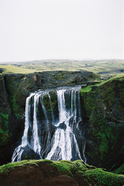 all-things-bright-and-beyootiful:  Iceland by Gert Kolk