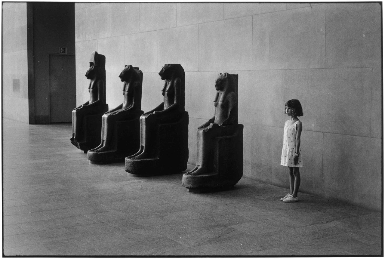 Elliott Erwitt, Metropolitan Museum of Art, New York, 1988