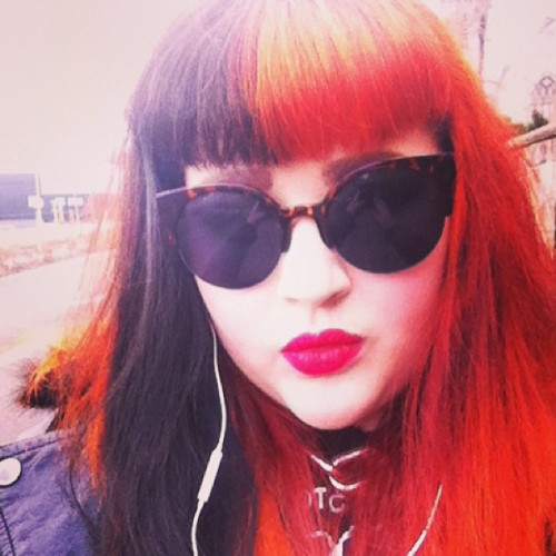 My glasses make me feel fab! #rockabilly #rockabillygirl #psychobilly #gingerhair #redhair #redlipstick #blackhair #bettiebangs #me