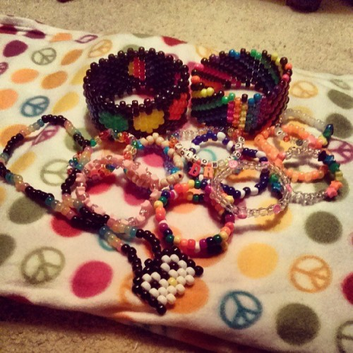 My latest #plurpackage for a #tumblr #trade! #kandikid #kandi #kandiaddiction #kandipicsdaily #plur #plurr #rave #rainbow
