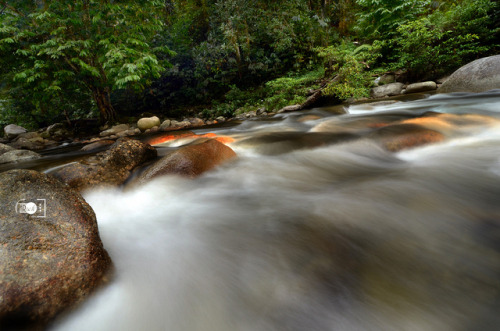 Sungai Bil on Flickr.Spent my time capturing the flow of the river