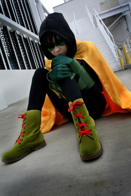 xerox-kitty:  Cute Robin cross-play *SniperPlushie as Damian Wayne: Demons by *kay-sama