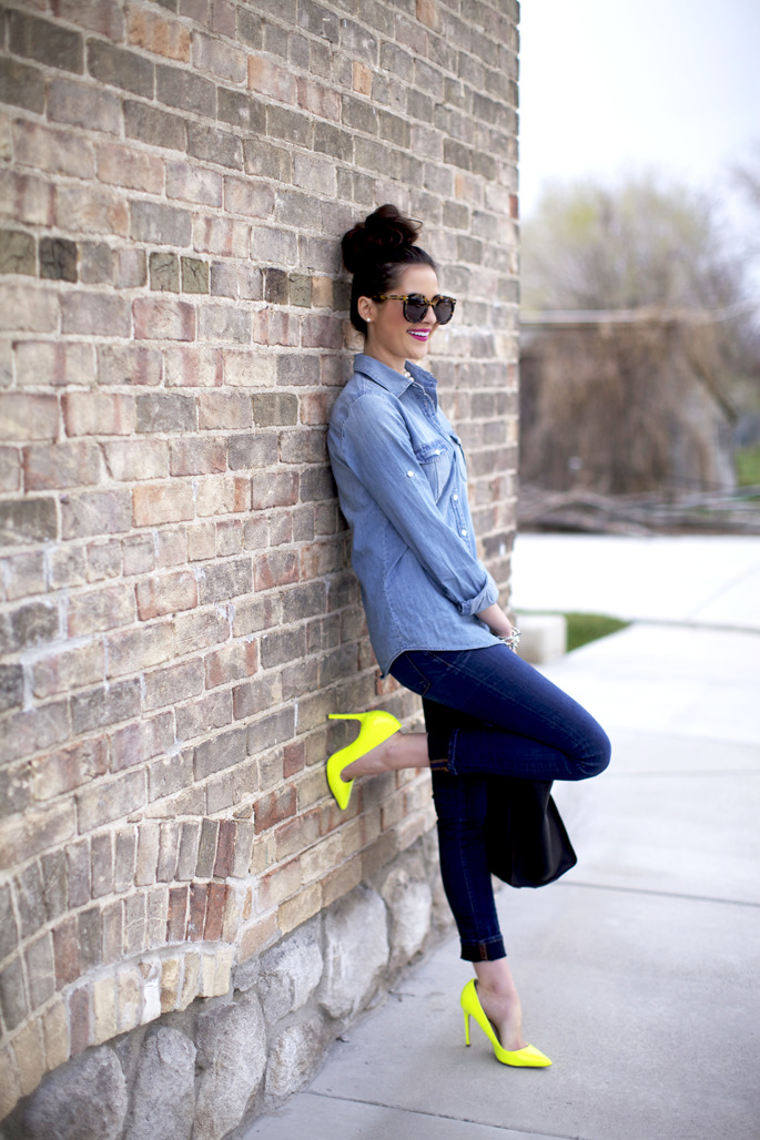 We love neon shoes!!!!