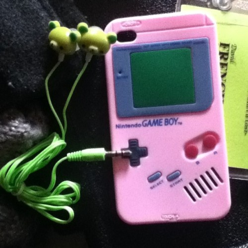 My new case and headphones » #nintendo #gameboy #pink #green #bear #cute #hashtags #tagsforlikes
