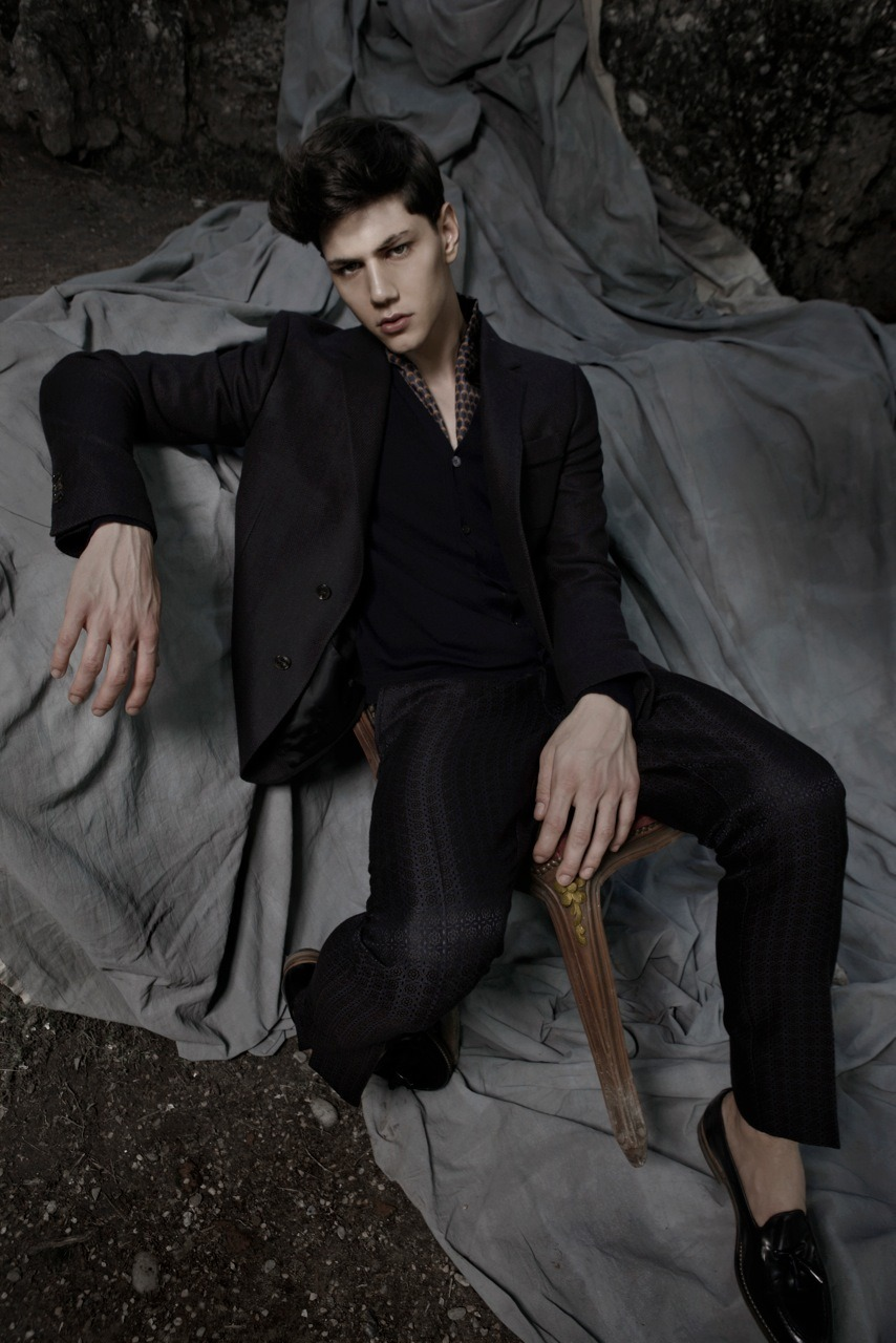 Essential Homme 2012 editorial