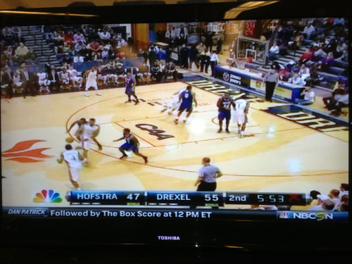 Hofstra men's basketball is currently on NBC Sports Network as they are on the road and are taking on the Drexel Dragons.