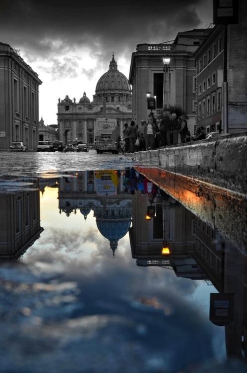 bebebhella:  Rome, Italy   So nice.