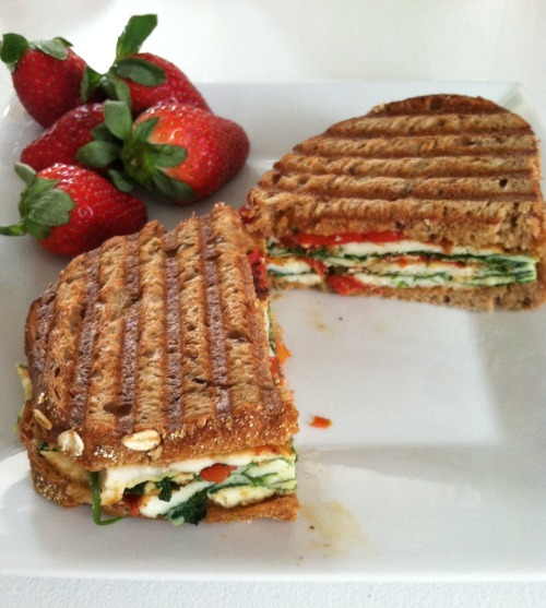 Whole grain panini w/ fire roasted red peppers, 3 egg whites, spinach, tomato & fresh strawberries