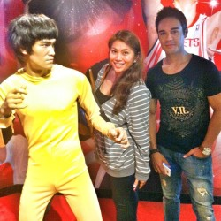 Hey guys, its BLUCE REE!!! Lol @rownita @thisisandysmith #HongKong #BruceLee #HK by eruption23 http://bit.ly/XNXqKb