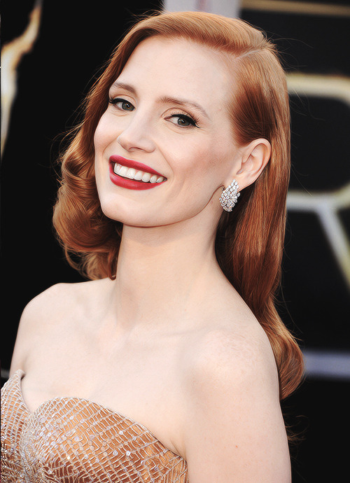 Her look was flawless, she's gorgeous. Jessica Chastain, Oscars 2013.